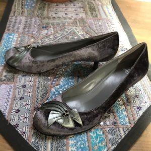 Velvet dress shoes. Size 10